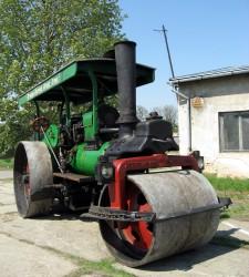蒸気を用いたロードローラー